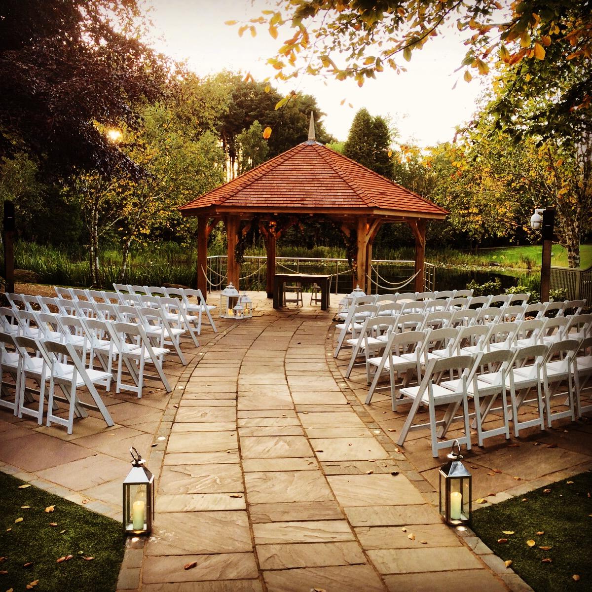 Moddershall outdoor wedding venue